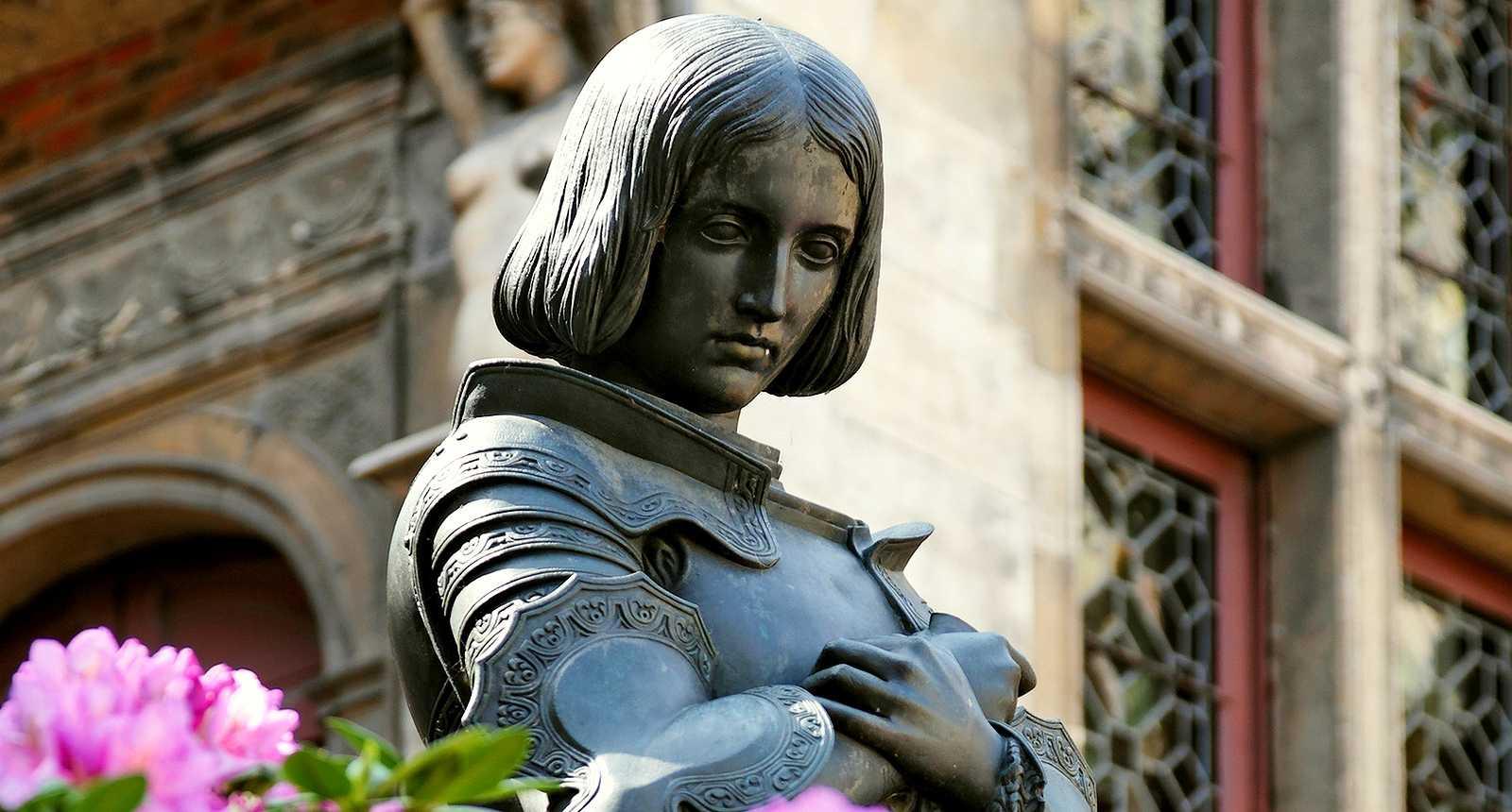 statue-de-jeanne-d-arc-orleans